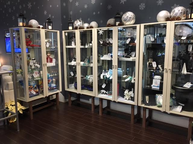 Beat the Holiday Madness with Avion Holiday Boutique